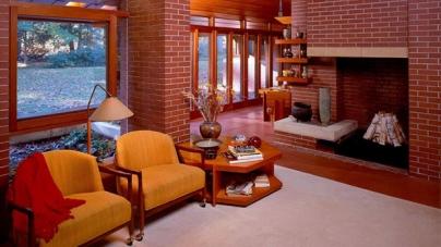Декоративный кирпич для внутренней отделки дома.