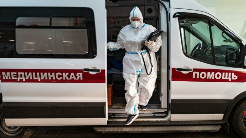 Ученый: ни один регион России не находится в «тяжелой» зоне по COVID-19